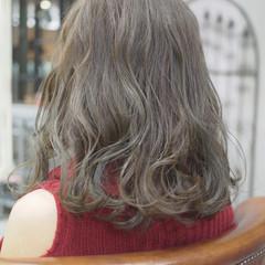 オフィス 上品 ラフ エレガント ヘアスタイルや髪型の写真・画像