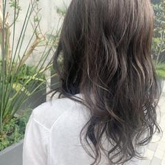 透明感カラー ミディアム アッシュグレージュ レイヤースタイル ヘアスタイルや髪型の写真・画像