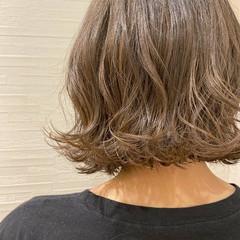 モテボブ ボブアレンジ 切りっぱなしボブ ラベンダーグレージュ ヘアスタイルや髪型の写真・画像