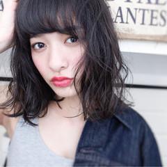ニュアンス 黒髪 ミディアム 外国人風 ヘアスタイルや髪型の写真・画像