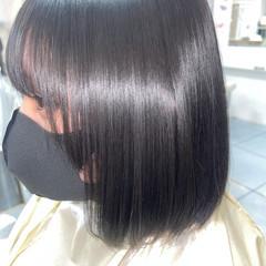 ミディアム ミニボブ 縮毛矯正 フェミニン ヘアスタイルや髪型の写真・画像