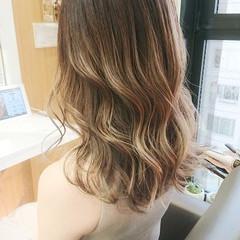 イルミナカラー 韓国風ヘアー エレガント TOKIOトリートメント ヘアスタイルや髪型の写真・画像