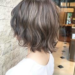 ミルクティー ボブ ミルクティーグレージュ モテボブ ヘアスタイルや髪型の写真・画像