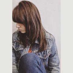 外国人風 セミロング ハイライト ラフ ヘアスタイルや髪型の写真・画像