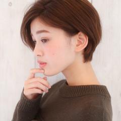 パーマ こなれ感 小顔 アッシュ ヘアスタイルや髪型の写真・画像