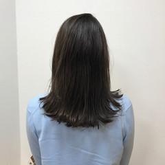 エレガント ストレート セミロング リラックス ヘアスタイルや髪型の写真・画像
