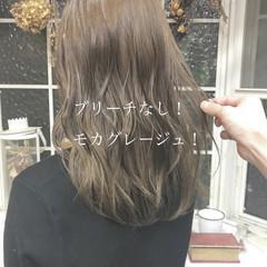 ナチュラル ミルクティーベージュ ロング ブリーチなし ヘアスタイルや髪型の写真・画像