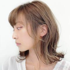 鎖骨ミディアム ワンカール 大人ミディアム ナチュラル ヘアスタイルや髪型の写真・画像