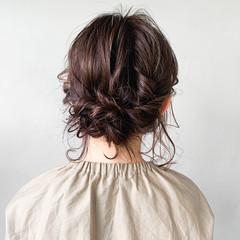 インナーカラーグレー 艶カラー おフェロ うる艶カラー ヘアスタイルや髪型の写真・画像