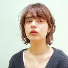 ウルフカット 小顔ヘア モード レイヤーボブ ヘアスタイルや髪型の写真・画像