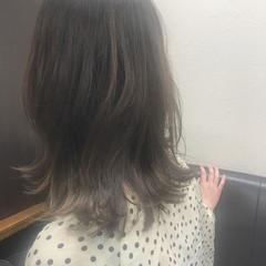 ヘアアレンジ ミディアム アッシュ ナチュラル ヘアスタイルや髪型の写真・画像