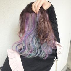 ダブルカラー カラーバター ガーリー インナーカラー ヘアスタイルや髪型の写真・画像