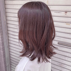 ピンクブラウン 小顔ヘア ナチュラル ピンクベージュ ヘアスタイルや髪型の写真・画像