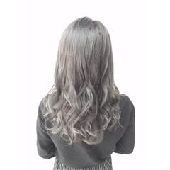 おフェロ ガーリー アッシュ セミロング ヘアスタイルや髪型の写真・画像