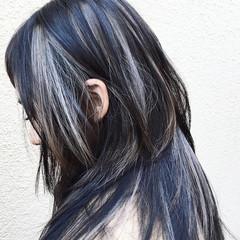 ロング 外国人風 インナーカラー アッシュ ヘアスタイルや髪型の写真・画像