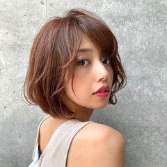 大人かわいい ベージュカラー 透明感カラー ショートボブ ヘアスタイルや髪型の写真・画像