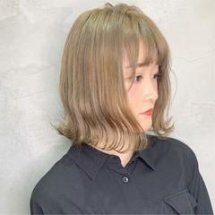 ストリート デート ミディアム ミルクティーグレージュ ヘアスタイルや髪型の写真・画像