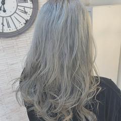 外国人風カラー ホワイトカラー ホワイトシルバー ロング ヘアスタイルや髪型の写真・画像