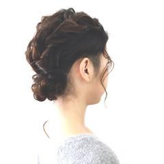 ロープ編み 三つ編み お団子 ローポニーテール ヘアスタイルや髪型の写真・画像