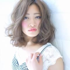 ミディアム 秋 ストリート 大人かわいい ヘアスタイルや髪型の写真・画像