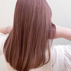 ハイライト セミロング ピンクアッシュ ラズベリーピンク ヘアスタイルや髪型の写真・画像