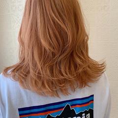オレンジ オレンジベージュ ミディアム オレンジカラー ヘアスタイルや髪型の写真・画像