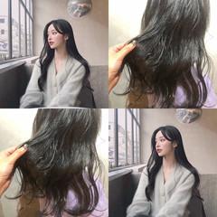アンニュイほつれヘア デート オフィス ナチュラル ヘアスタイルや髪型の写真・画像