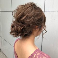 デート スポーツ ロング ナチュラル ヘアスタイルや髪型の写真・画像