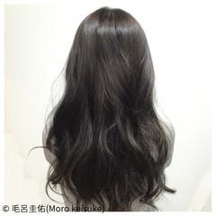 ガーリー 暗髪 透明感 ロング ヘアスタイルや髪型の写真・画像