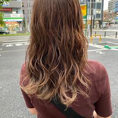 ストリート ハイライト グラデーションカラー セミロング ヘアスタイルや髪型の写真・画像