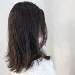 ミディアム 簡単ヘアアレンジ 切りっぱなしボブ アウトドア ヘアスタイルや髪型の写真・画像