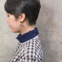 外国人風 マッシュショート ナチュラル ハンサムショート ヘアスタイルや髪型の写真・画像