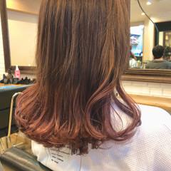 ピンク ロング ベリーピンク ラズベリーピンク ヘアスタイルや髪型の写真・画像