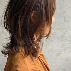 くびれボブ ミディアムレイヤー レイヤーボブ ウルフカット ヘアスタイルや髪型の写真・画像