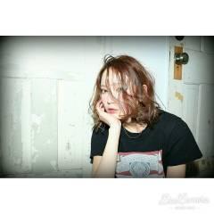 ナチュラル ウェットヘア 外国人風 ミディアム ヘアスタイルや髪型の写真・画像