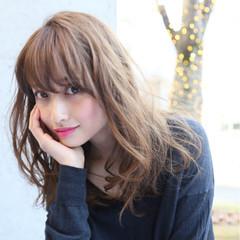 セミロング 大人女子 アッシュ ニュアンス ヘアスタイルや髪型の写真・画像