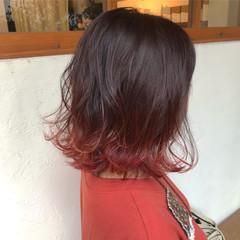 ピンク ストリート ボブ 赤髪 ヘアスタイルや髪型の写真・画像