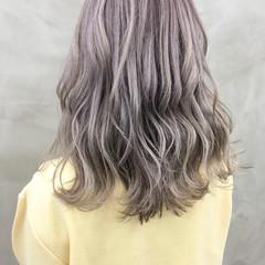 セミロング ストリート イルミナカラー 簡単ヘアアレンジ ヘアスタイルや髪型の写真・画像
