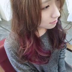 ピンク ストリート セミロング インナーカラー ヘアスタイルや髪型の写真・画像