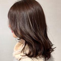 ガーリー ピンク セミロング ツヤ髪 ヘアスタイルや髪型の写真・画像