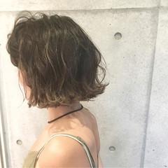 アッシュ ストリート ボブ ベージュ ヘアスタイルや髪型の写真・画像