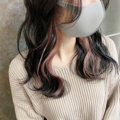 ナチュラル ブリーチカラー ミディアム ピンクベージュ ヘアスタイルや髪型の写真・画像