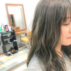 セミロング フェミニン アンニュイ ヘアアレンジ ヘアスタイルや髪型の写真・画像