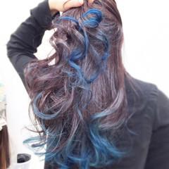 ブルー ロング モード グレー ヘアスタイルや髪型の写真・画像