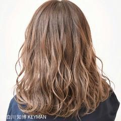 セミロング インナーカラー ヘアアレンジ ストリート ヘアスタイルや髪型の写真・画像