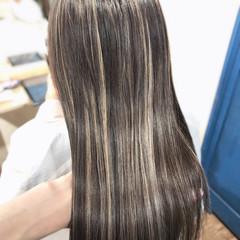 ストリート 大人ハイライト ロング コントラストハイライト ヘアスタイルや髪型の写真・画像