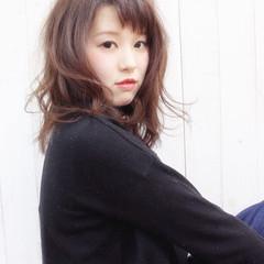 春 ウェーブ 大人かわいい ブラウンベージュ ヘアスタイルや髪型の写真・画像