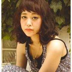外国人風 くせ毛風 ストリート オン眉 ヘアスタイルや髪型の写真・画像