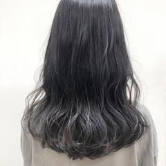ブリーチカラー ブリーチ ナチュラル グレージュ ヘアスタイルや髪型の写真・画像