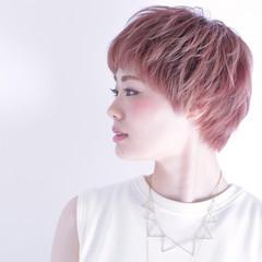 春 ショート ガーリー ピンク ヘアスタイルや髪型の写真・画像